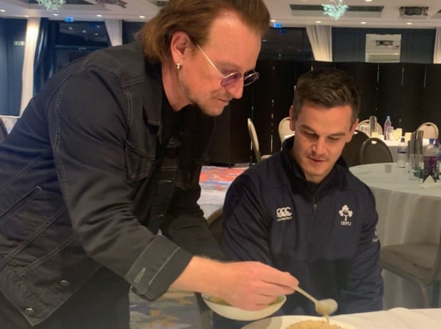 Bono drops in to help give Andy Farrell's Ireland the edge against England.