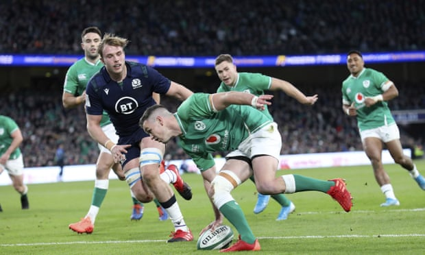 Ireland's Johnny Sexton secures hard-fought victory over Scotland.